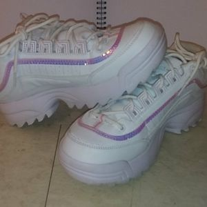 Holographic avia sneakers